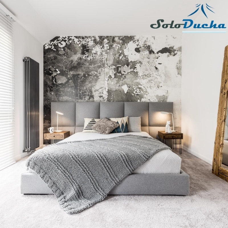 Habitación decorada con papel pintado